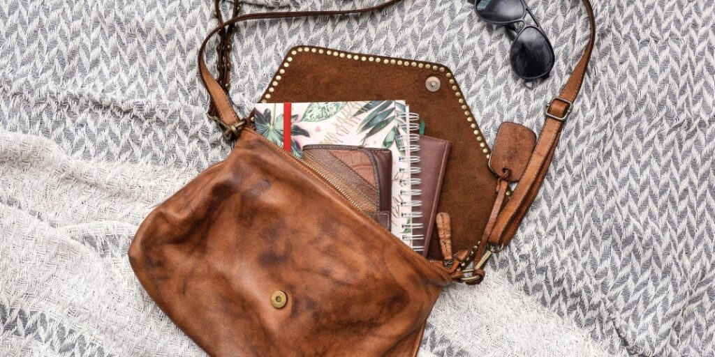 Praktická elegantní nebo pohodlná kterou kabelku vybrat pro běžné denní nošení