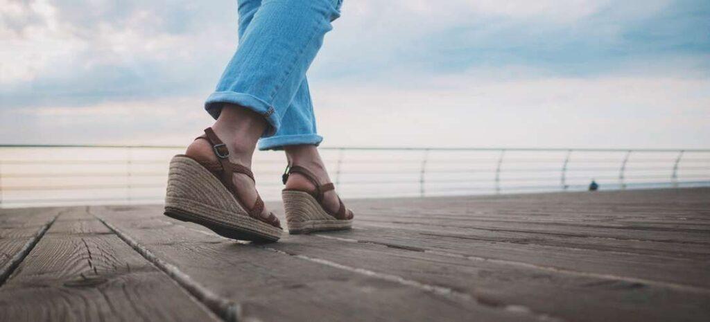 Boho a etno styl - jaké boty jsou pro něj vhodné?