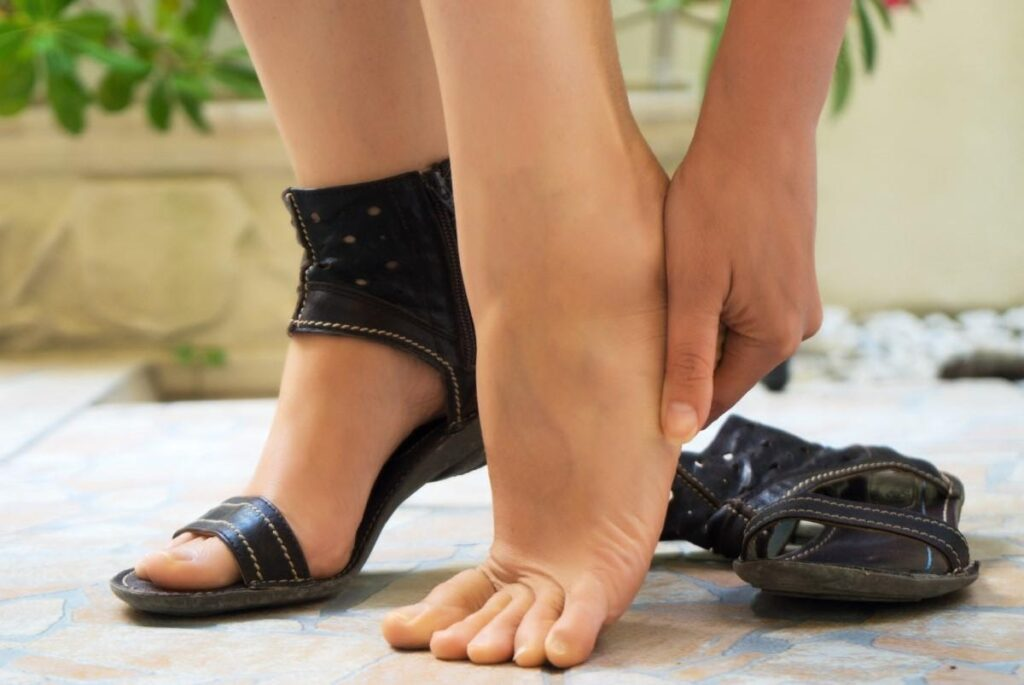 Jak roztáhnout boty? Řešení problému, když jsou boty příliš malé