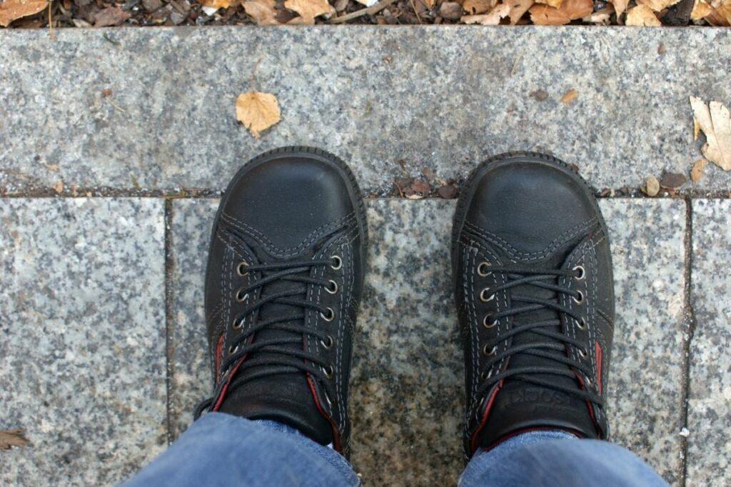 Jaké vlastnosti by měly mít dobré podzimní boty pro dítě?